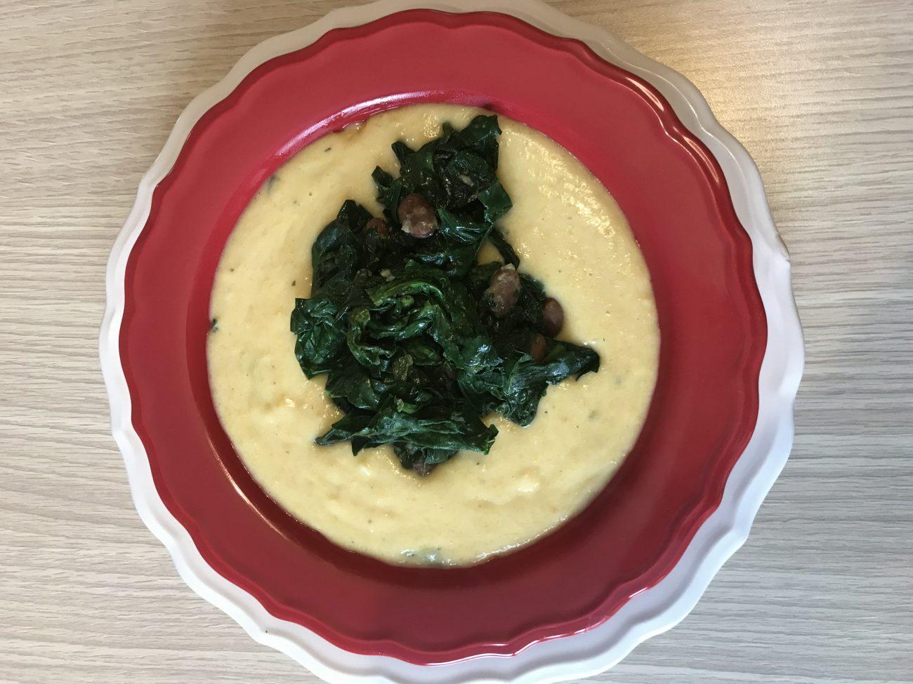 Zuppa di pane con fagioli rossi e spinaci