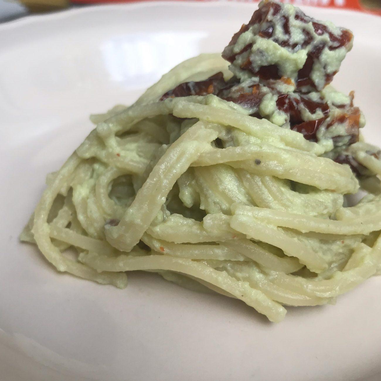Spaghetti in crema verde leggera